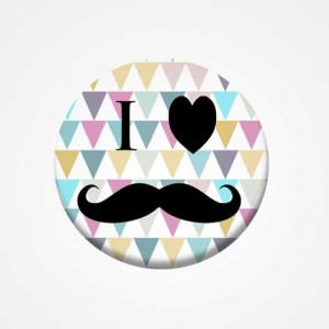 "Badge ""J'aime les moustaches"""